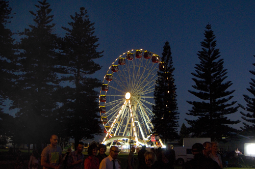 Tourist Wheel at Fremantle Esplanade reserve