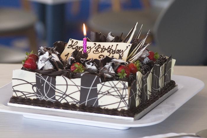 Roundhouse cake