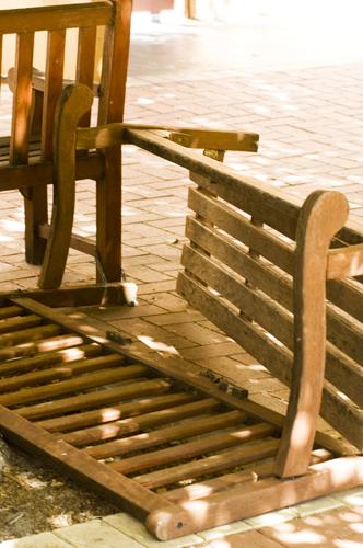 bench 4