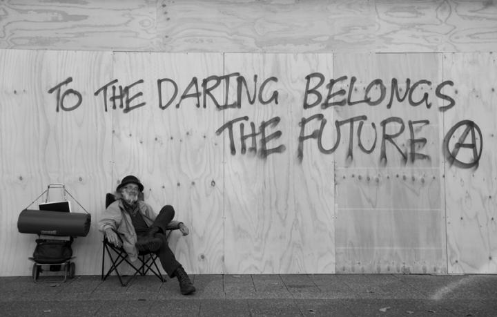 daring-future-bw