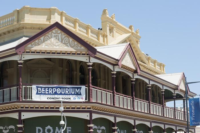beerpourium