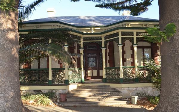 Samson House SMALL